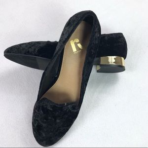 Velvet loafers with gold heel